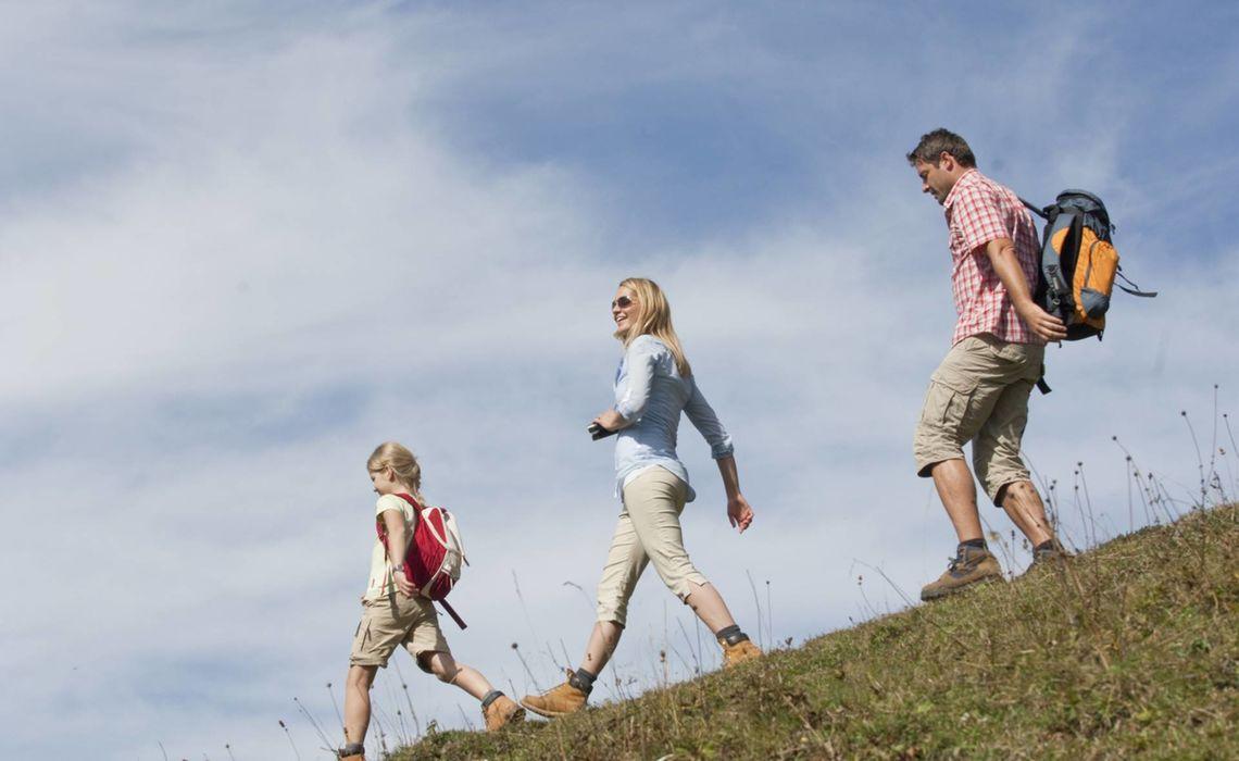 Almwanderung Familie